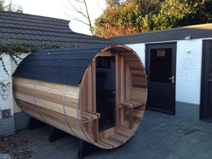 Barrel sauna geïnstalleerd in Bodegraven