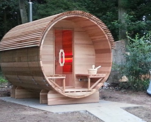 Barrel sauna met design dak